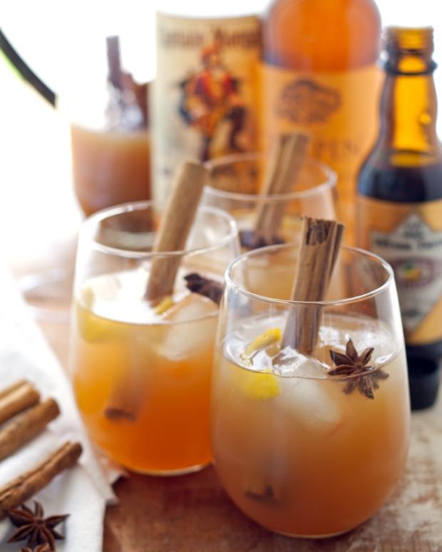 autumn-spiced-rum-cider