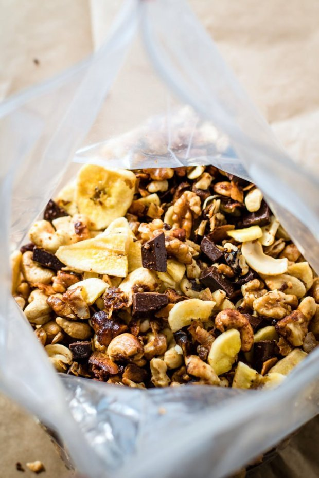 chunky-monkey-paleo-trail-mix-crock-pot-4-of-1-7