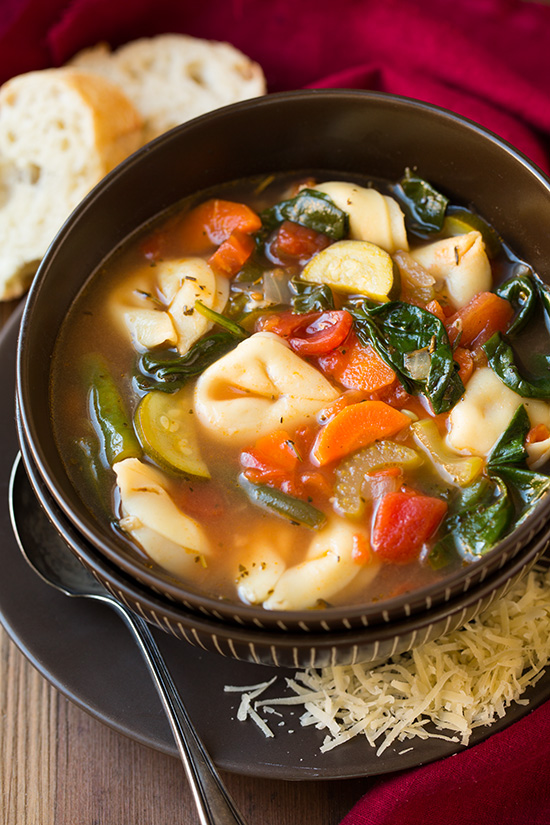 tuscan-tortellini-vegetable-soup
