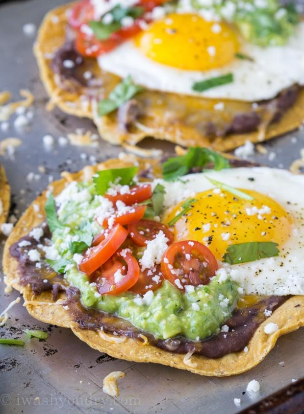 huevos-rancheros-tostadas